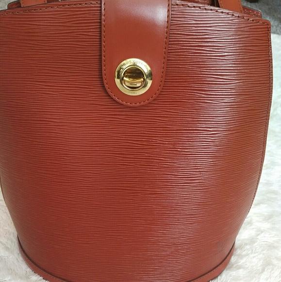 Louis Vuitton Handbags - Louis Vuitton Cluny Shoulder Bag
